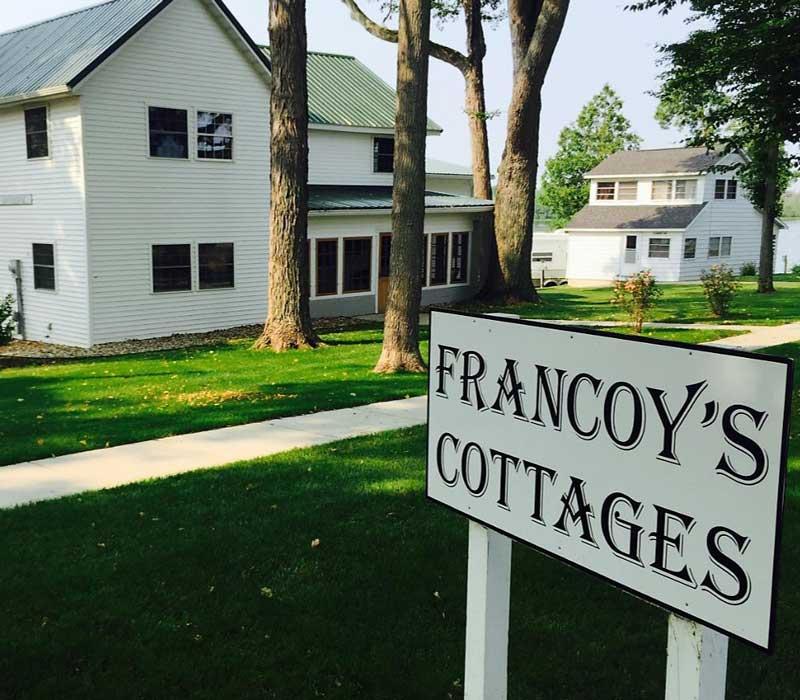 Francoy Cottage Rentals